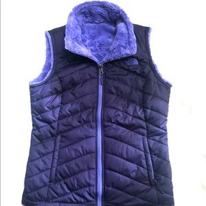 The North Face Reversible Mossbud Swirl Vest